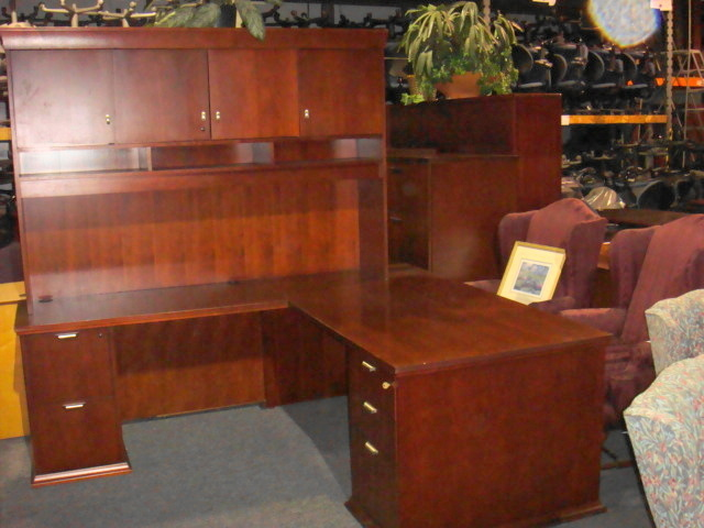 National L Shape Desk With Hutch Used Office Furniture