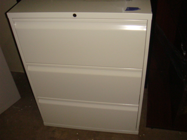 Knoll 3 Drawer Lateral 30″W