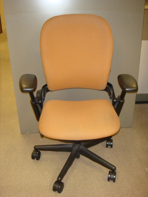 steelcase leap chairs used office furniture dallas preowned office