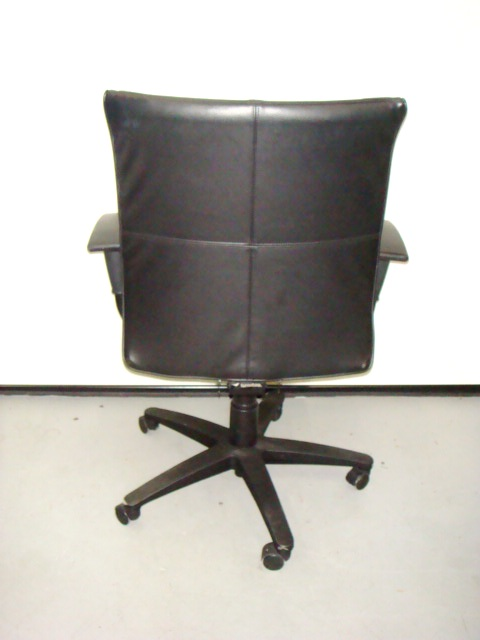 Turnstone conference chair
