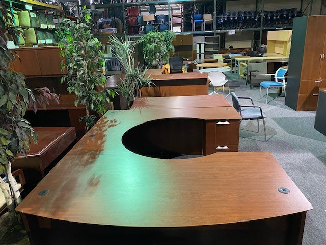 National U Shape Desk
