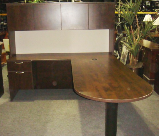 Turnstone Bullet Top L Shape W Hutch Used Office