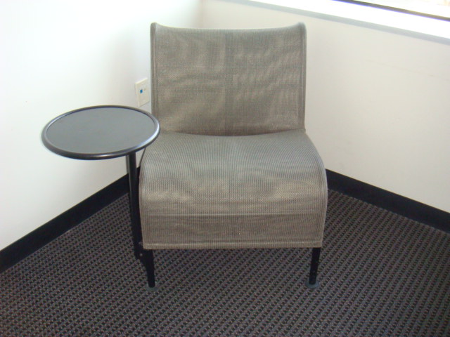Silver Mesh Lounge Chair W/table