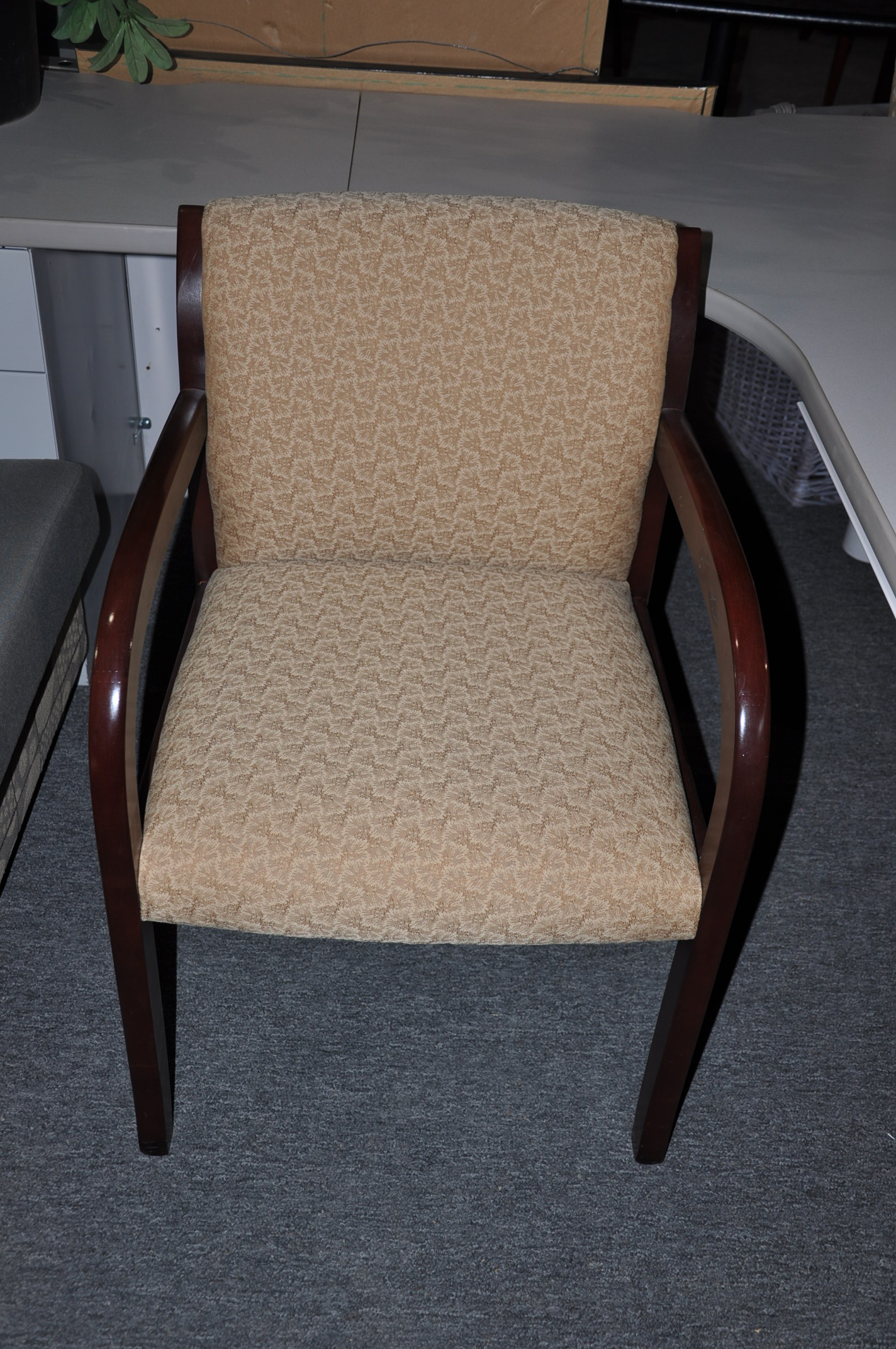Hon Dark Cherry/gold Fabric Guest Chairs