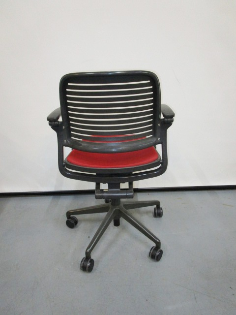 Steelcase Cachet Swivel Base Chair Used Office Furniture