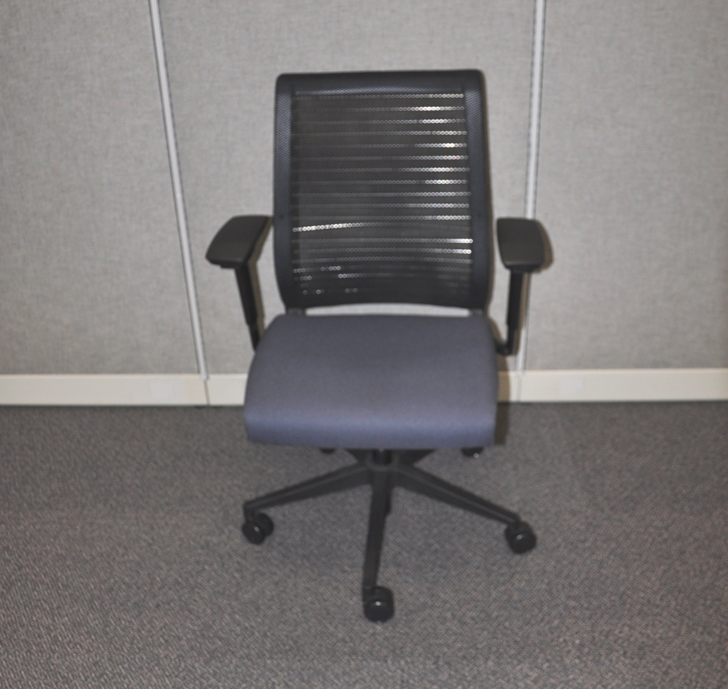 Steelcase Think Chair-blue Fabric