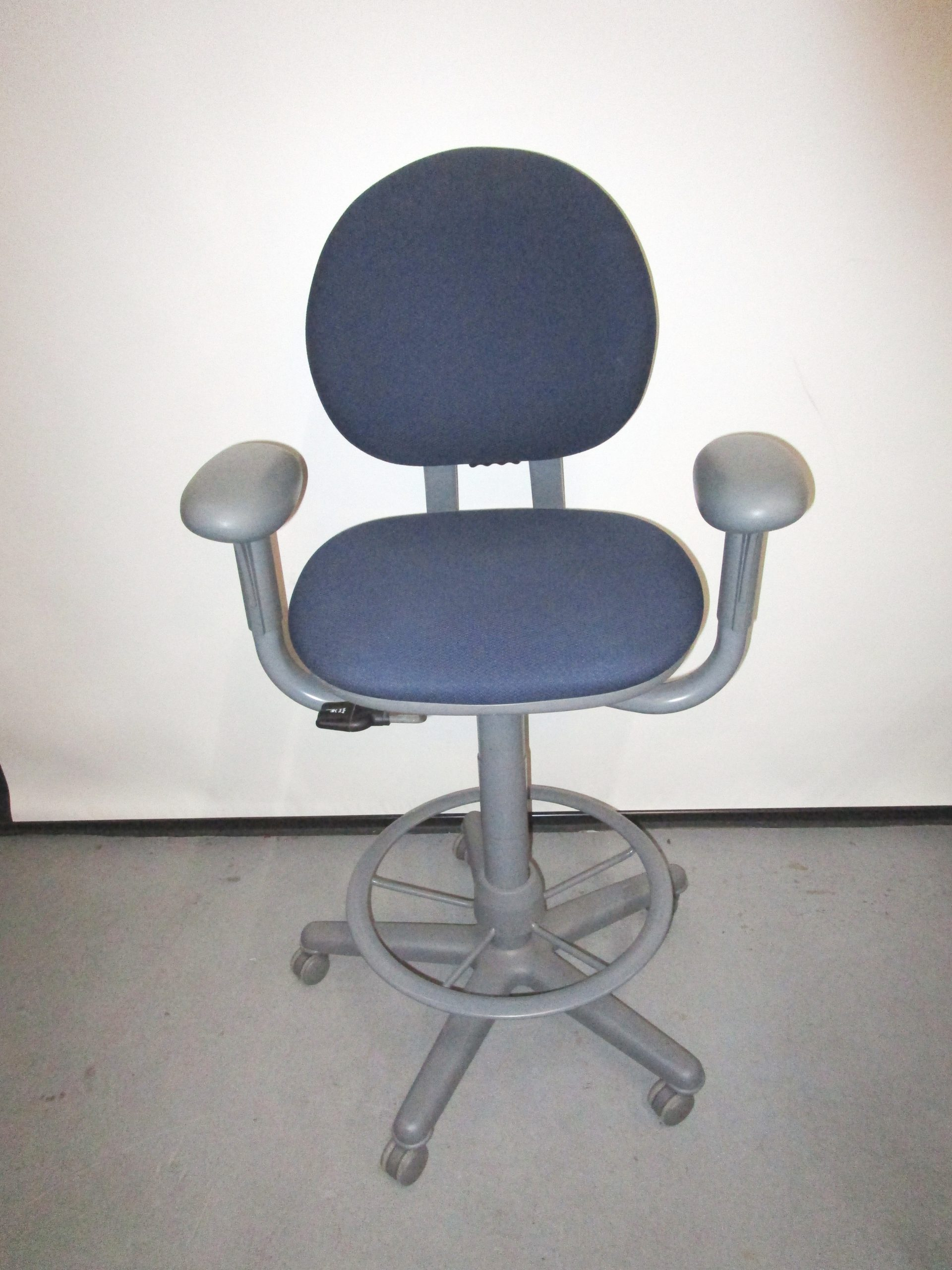 Steelcase Criterion Stool