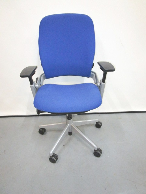 Steelcase V2 Leap Chair