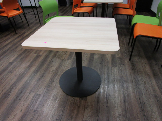 30″ Breakroom Table