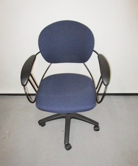 Steelcase Uno Chair-navy Blue