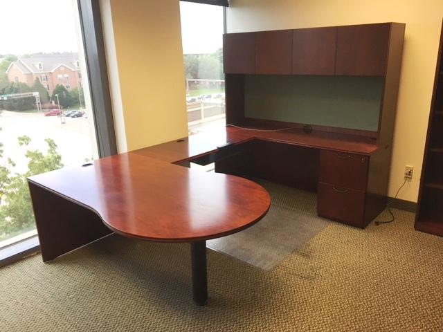 Paoli P Top U Shape Desk W/hutch