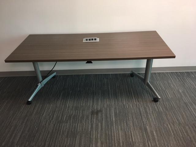 6′ X 30″ Nesting Tables W/power